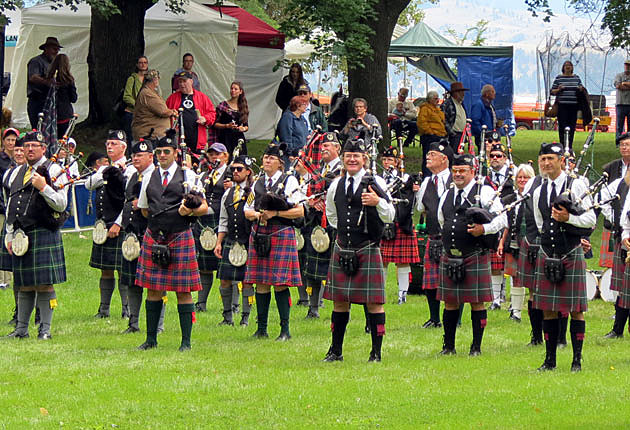 pipers at Hamilton's Celtic games