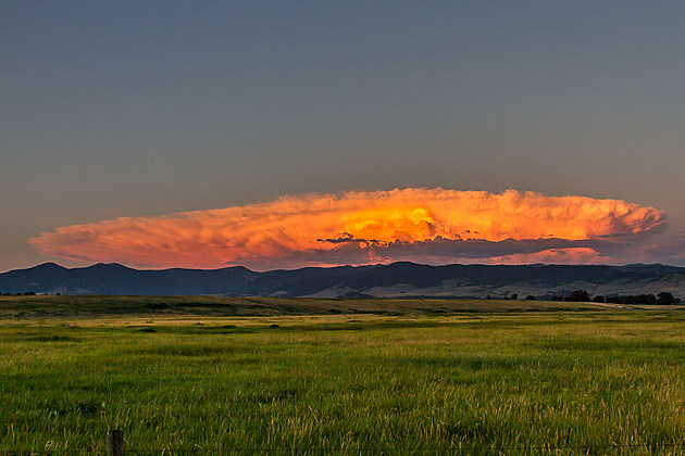 Thursday sunset thunderstorm, moving away from the valley. (Mike Daniels, Townsquare Media)