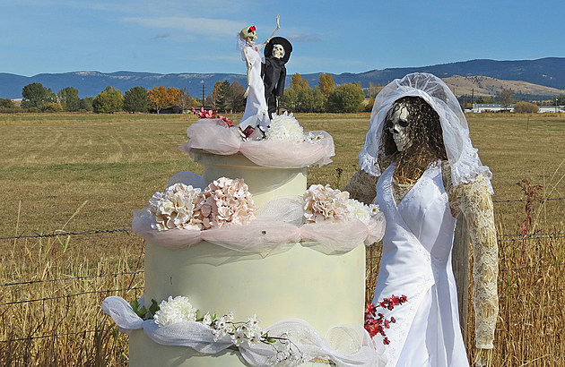 bride and cake